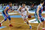 Сколько игроков одной команды могут продолжать игру в баскетболе – Вклад каждого спортсмена неоценим! Позиции в баскетболе, их значения для игроков