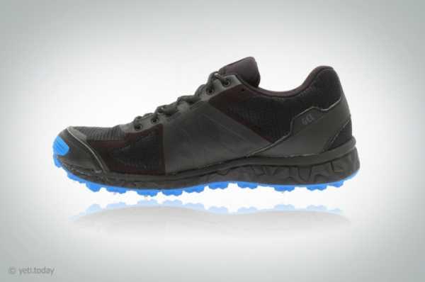 e5cb1664 ... выпускает кроссовки с подошвой ASICS, но более прочным верхом. Haglofs  Gram Spike I оснащены металлическими шипами, верх кроссовка с мембраной Gore -Tex.