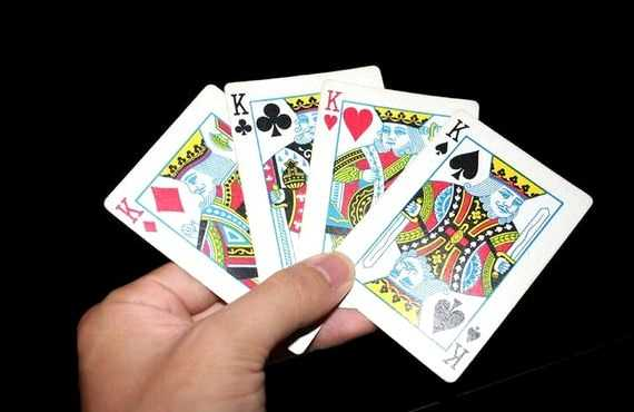 Как профессионально играть в карты в дурака карты и кости играть