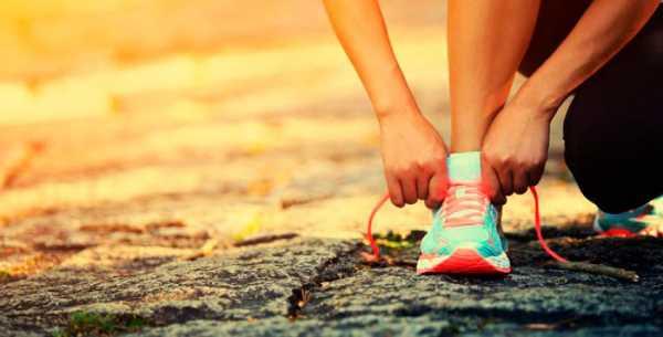 9b4100d5 Если в вашем городе нет специализированных магазинов, то внимательно  изучите наши советы как выбрать кроссовки для бега и доступный ассортимент,  ...